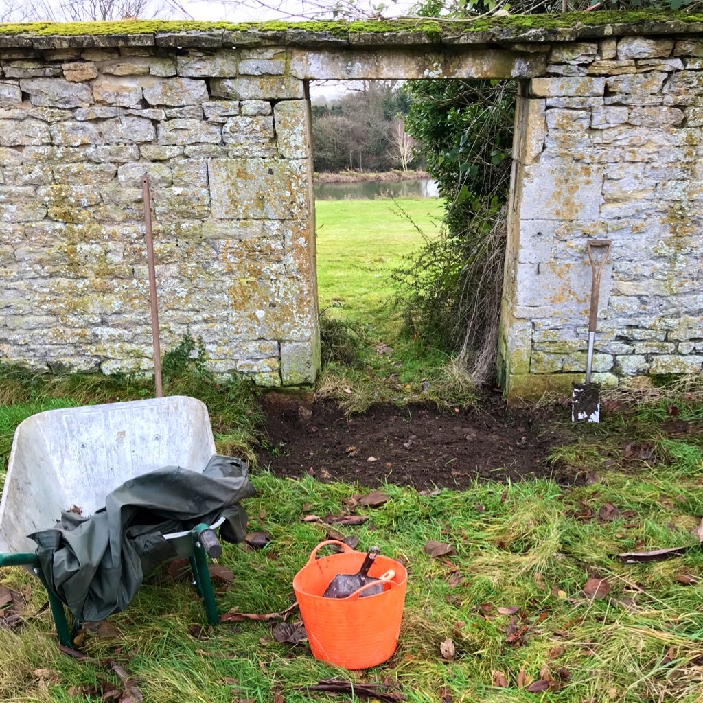 A touch of garden archaeology
