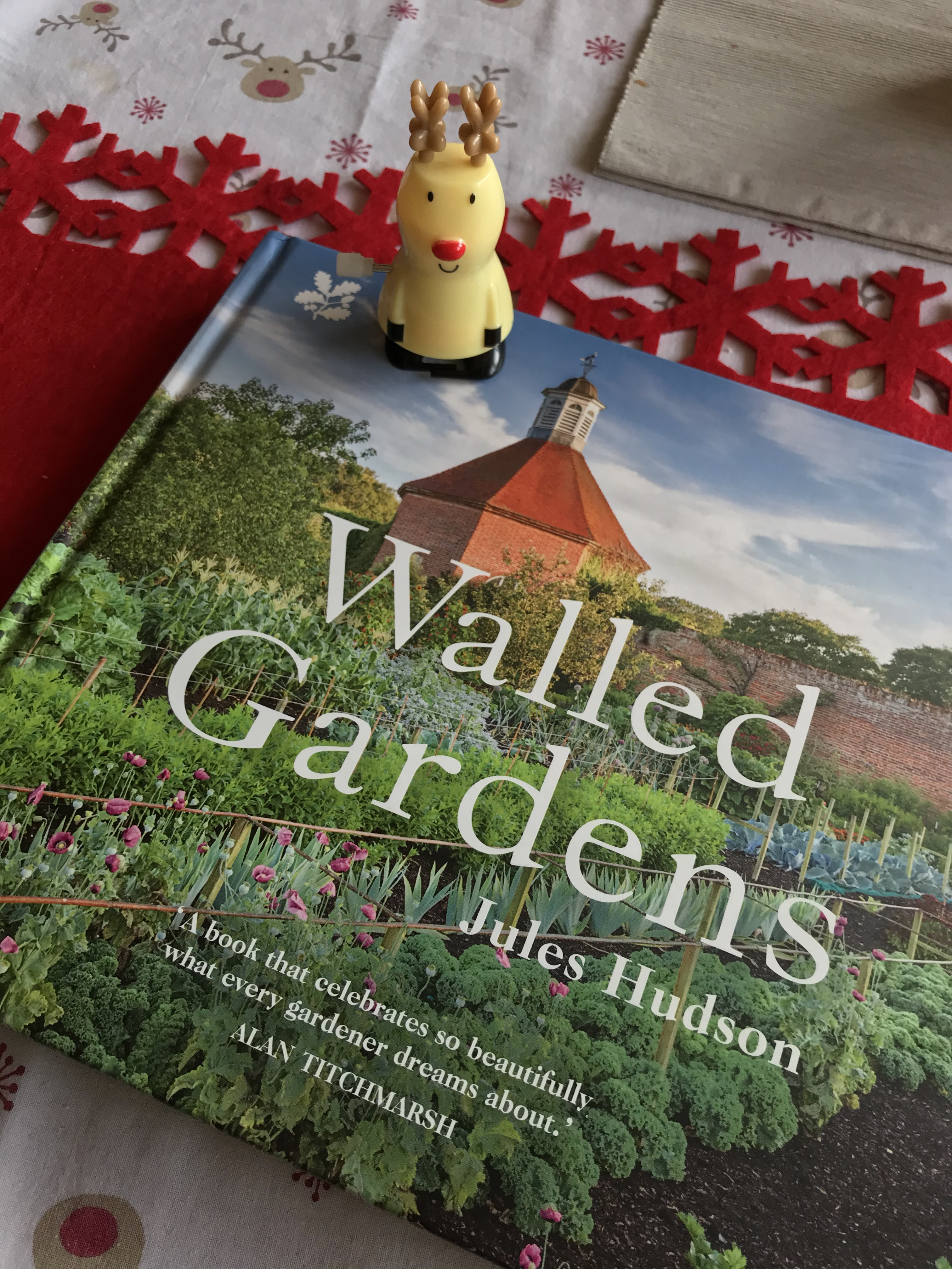 Walled Gardens by Jules Hudson, National Trust Books