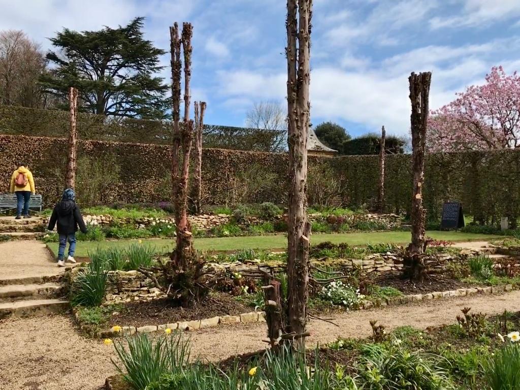 Hidcote Manor Garden Pillar Garden